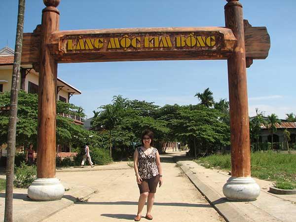 ghe-lang-moc-kim-bong