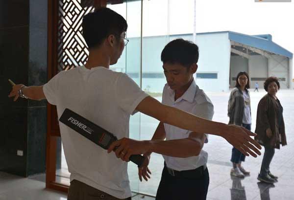 ngam da nang tren cao bang may bay ban da thu d