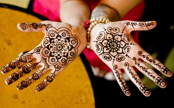 Trào lưu mới của giới trẻ ĐN - vẽ Henna