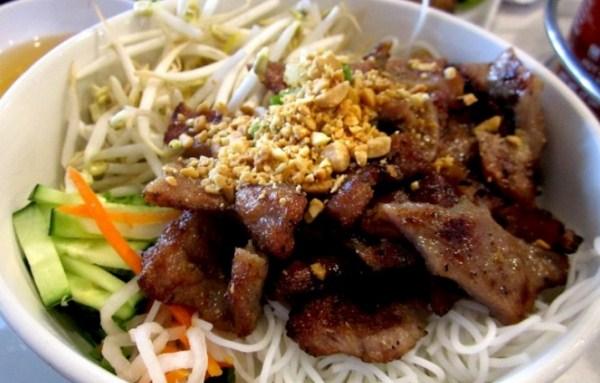 5-quan-bun-thit-nuong-an-hoai-khong-chan-o-da-nang-5