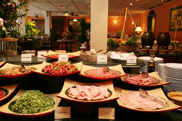 top-5-dia-chi-an-buffet-hut-khach-nhat-da-thanh-2
